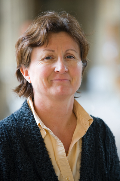 Ghislaine Chartron